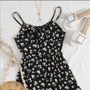 NWT SHEIN: XS Black Floral Tie Up Strap Romper